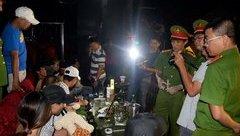 Hình sự - Video: Đột kích quán bar thu giữ số lượng lớn ma túy
