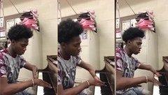 Giải trí - Video: Nể phục người khuyết tật chơi đàn điệu nghệ dù chỉ có 3 ngón tay