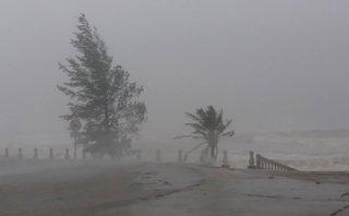 Xã hội - Áp thấp nhiệt đới tiến sát, Hà Tĩnh ra lệnh cấm biển