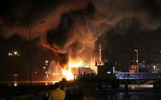 Tin nhanh - Cháy tàu chở dầu ở Hải Phòng: Không có thiệt hại về người