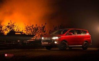 Đánh giá xe - Toyota Innova Venturer đẹp lạ dưới góc máy nhiếp ảnh Việt