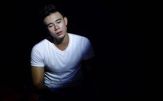 Giải trí - Ca sĩ Đông Hùng bị hành hung vì nợ nần của mẹ: Chữ hiếu bao nhiêu là đủ