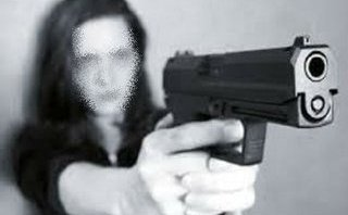 Hồ sơ điều tra - Hà Nội: Truy tố ra trước tòa người vợ dùng súng bắn chồng vì tranh chấp chia tài sản