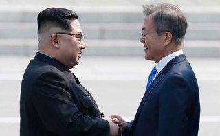 Tiêu điểm - Hé lộ tài liệu ông Moon đưa cho ông Kim trong cuộc gặp ở Bàn Môn Điếm