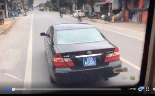An ninh - Hình sự - Nam Định: Xác minh xe biển xanh lạng lách, ép xe khách trên đường