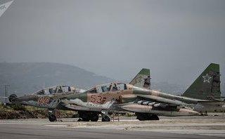 Quân sự - Syria: Nga bắn nổ máy bay không người lái tấn công căn cứ quân sự Hmeimim