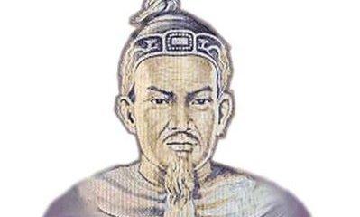 Văn hoá - Hà thành kim cổ ký: Chuyện dựng tượng Lý Công Uẩn