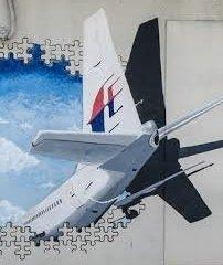 Hồ sơ - Bí ẩn sự mất tích của MH370: Lý do nhóm điều tra MH370 từ chối nghiên cứu vụ bắn rơi máy bay MH17