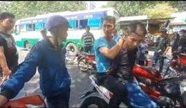 Hiệp sĩ bắt giữ kẻ lừa đảo chiếm đoạt xe máy tại bến xe
