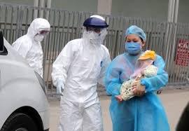 Hà Nội: Bé trai 2 tháng tuổi nghi mắc Covid-19