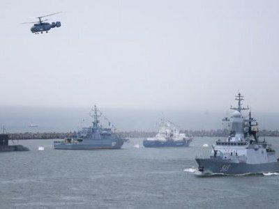 72 giờ căng thẳng, Nga quyết mạnh tay, tàu chiến và tàu ngầm ra đòn