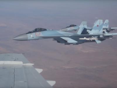 [VIDEO] Xem tiêm kích Su-35 hộ tống Bộ trưởng Quốc phòng Nga qua vùng trời Syria