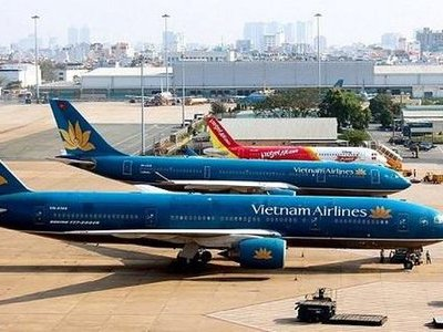 Vietnam Airlines cạn tiền, những