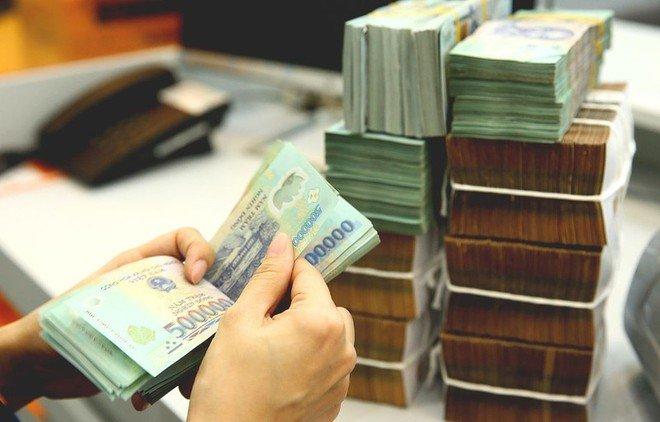 Xem xét hạn chế tín dụng nếu ngân hàng không giảm lãi suất thực chất